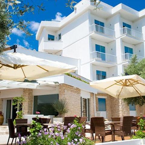 HOTEL CASTRI - ITALY